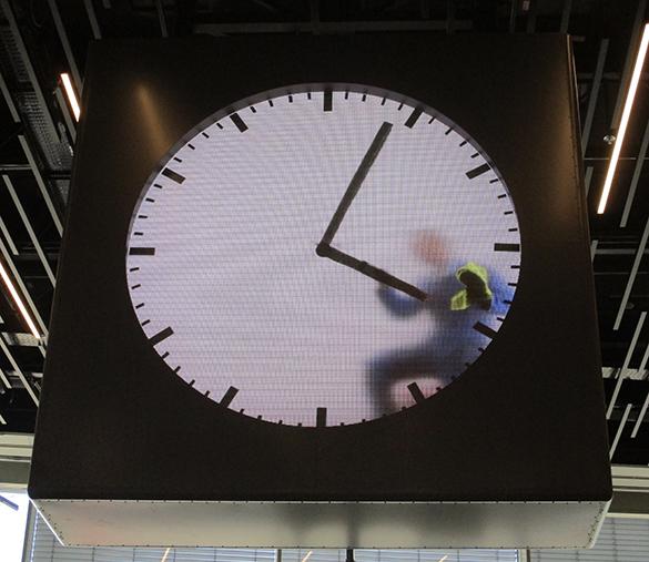 Schiphol Clock 6