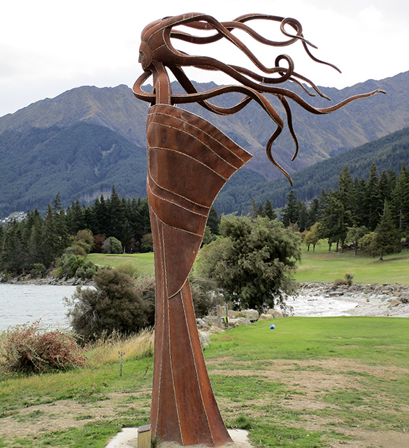 The Lady of Lake Wakatipu 3