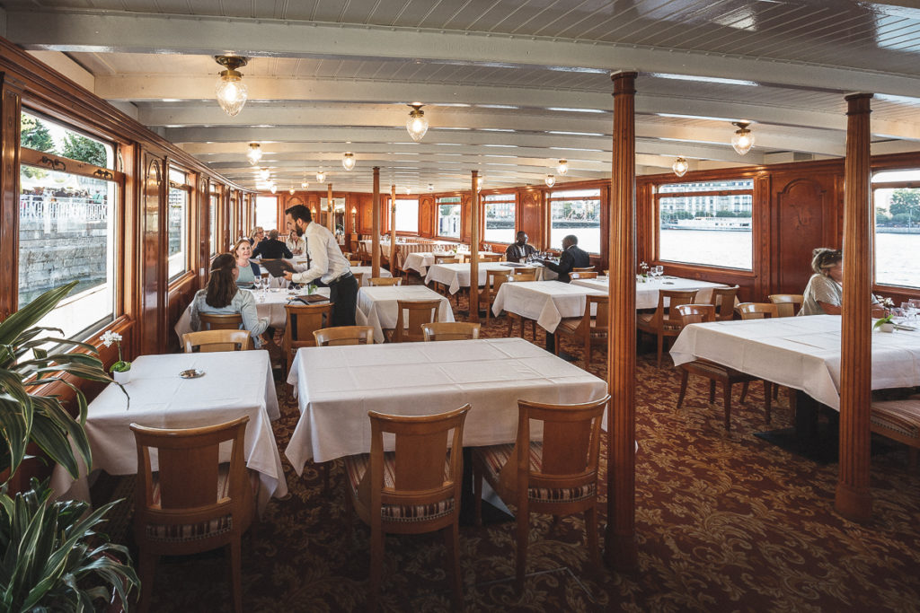 Nautical Elegance from the Belle Epoque 21