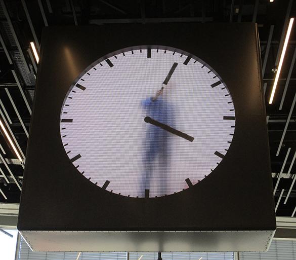 Schiphol Clock 5